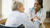 La atención médica en el hogar puede ser muy beneficiosa para conocer más detalles sobre los determinantes sociales de la salud del paciente