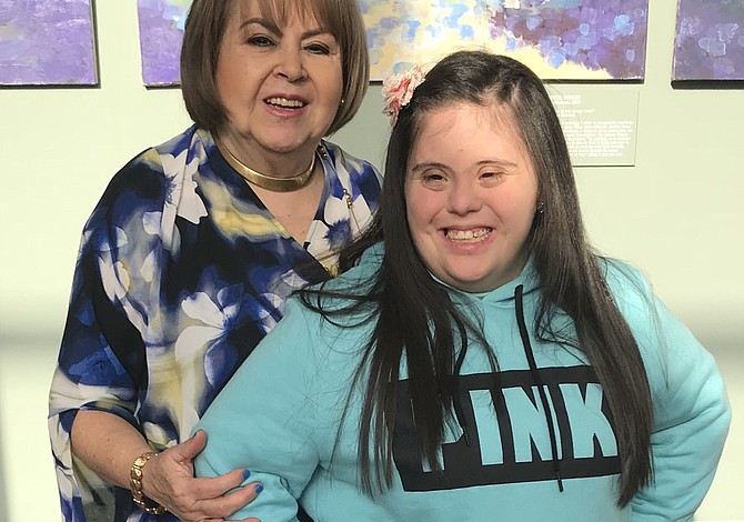 Latina de East Boston recibió un premio por su trabajo con niños especiales