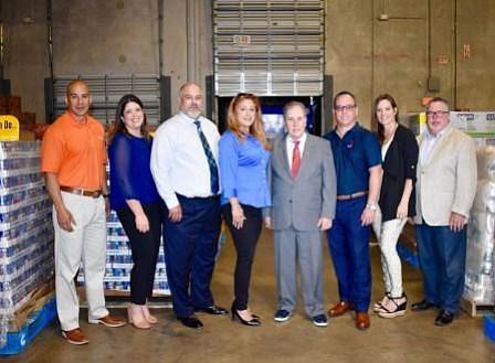 CAN DO: Goya Foods dona 30,000 libras de alimentos a Feeding South Florida