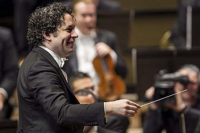 Gustavo Dudamel y la Filarmónica de Los Ángeles estarán en Boston a finales de abril