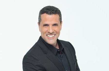 """Marco Antonio Regil se une a Telemundo como presentador de """"Un Nuevo Día"""""""