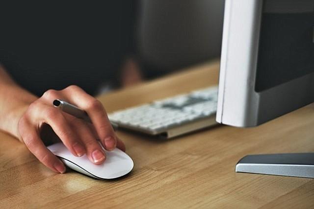 ¿Es bueno leer los resultados de exámenes médicos por internet?