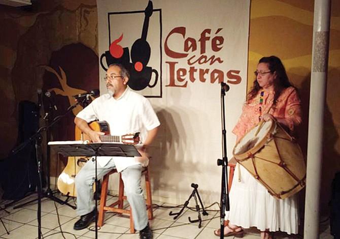 Once años de Café con Letras