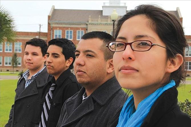 Becas para jóvenes hispanos