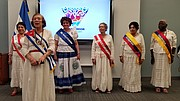 Un grupo de abuelitas de Vida Senior Center realizó un baile especial lleno de alegría