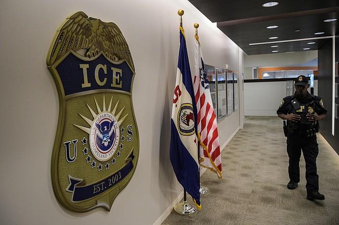 Una foto tomada en los cuarteles de ICE en Washington| Washington Post photo by Salwan Georges
