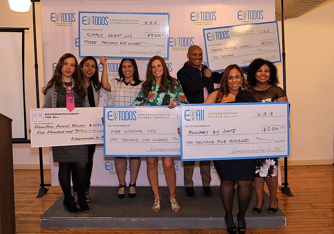 Emprendedores latinos recibieron ayuda para hacer crecer sus negocios