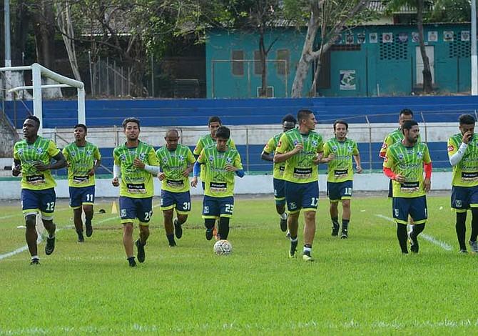 OPINIÓN: Jugadores salvadoreños, la unión hace la fuerza