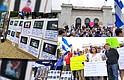PLANTÓN. Entre el himno nacional y otros cantos, los nicas llevaron a cabo un plantón cívico contra el régimen de Ortega