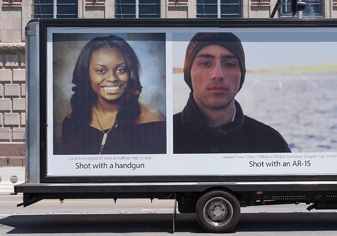 """Susan Levine presenta en la NRA de Dallas la campaña """"Face2Face"""""""