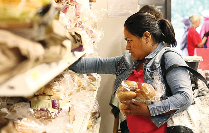 Residentes Permanentes podrían ser etiquetados como 'carga pública'