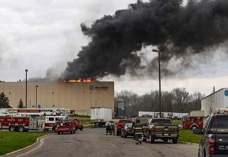 Incendio provoca parones en la producción de vehículos en Estados Unidos