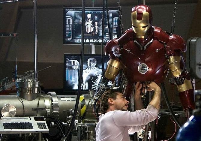 """Policía investiga robo de armadura original de """"Iron Man"""""""