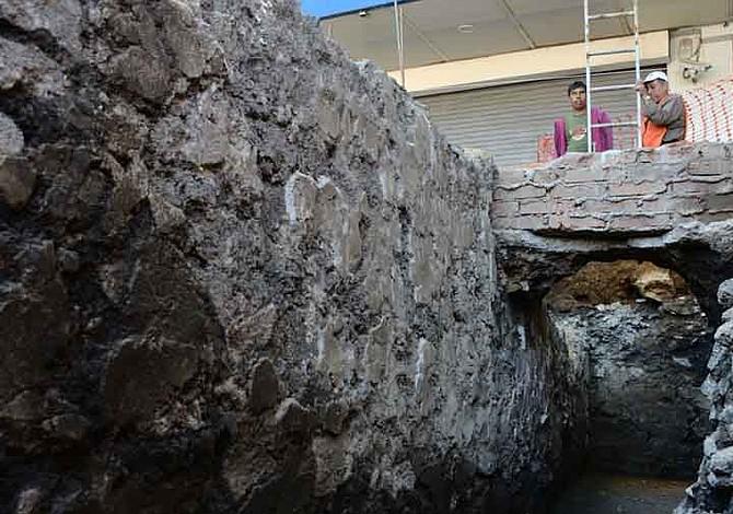 Arqueólogos descubren una cueva con restos prehistóricos de hace 78 mil años