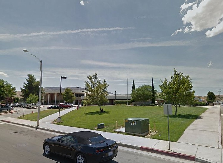 Posible tiroteo en una secundaria en California