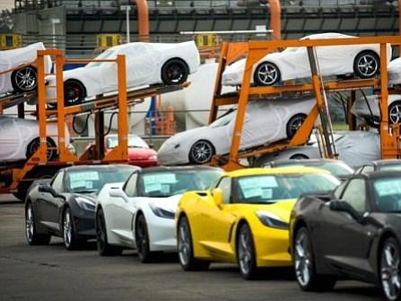 Trump y el sector del automóvil intentan llegar a acuerdo sobre el consumo