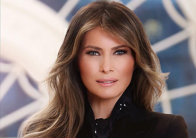 Operan de un riñón a la primera dama de EE.UU.