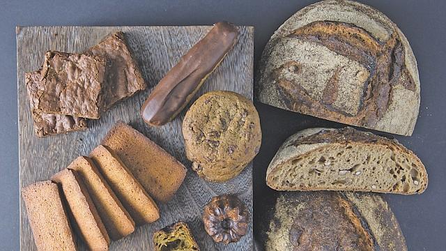 VARIEDAD. El pan permite experimentar con una variedad de recetas para todo tipo de gustos. Estos panes son de la panadería local Seylou Bakery & Mill godos en Washington, DC.
