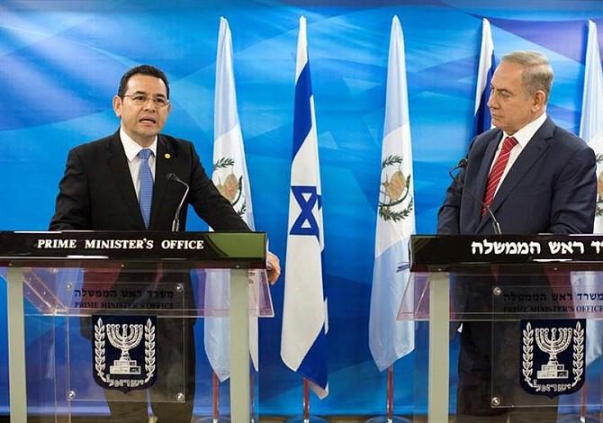 Guatemala inaugura embajada en Jerusalén y dice que es ejemplo para los demás