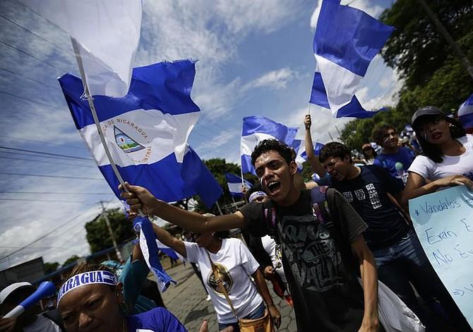 Diálogo no logra hacer cesar las protestas en contra de Ortega en Nicaragua