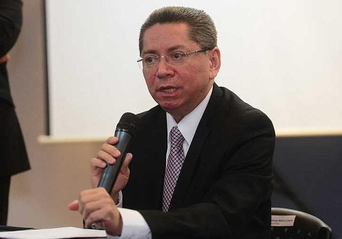 Fiscal General de El Salvador dice que narcotraficantes planeaban asesinarlo