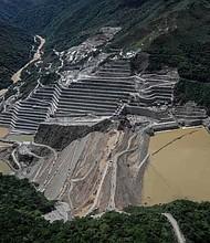 COLOMBIA. Miles de personas fueron evacuadas de manera preventiva ante crecida del río Cauca.