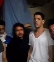 Daniel Ceballos junto a otros presos políticos y comunes en la sede de Sebin en El Helicoide.