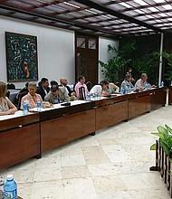 NEGOCIACIÓN. Mesa de Diálogos con los integrantes del Comité Técnico que trabajarán conjuntamente con el Gobierno colombiano y el ELN