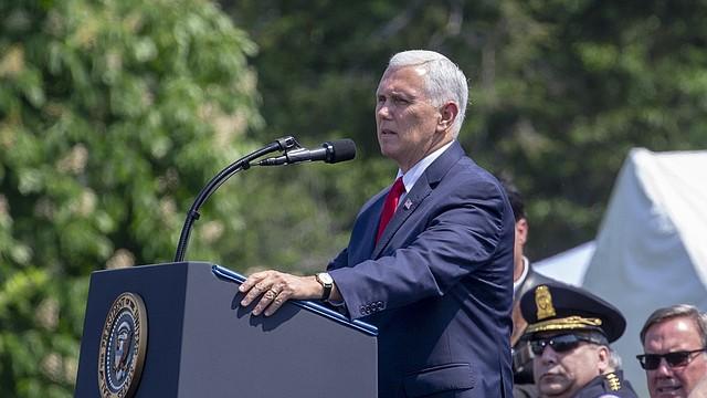 NACIONAL. Mike Pence