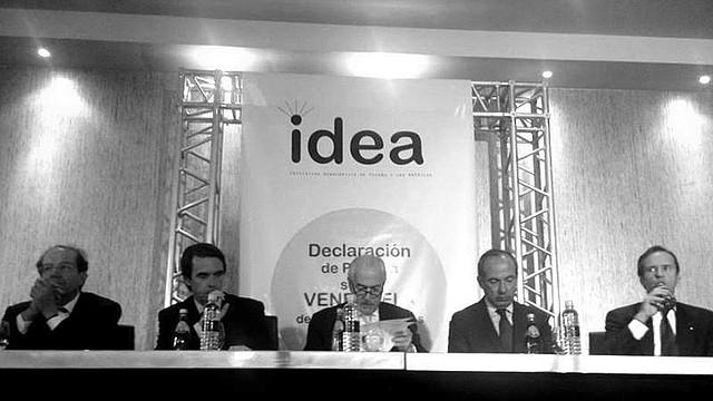 Miembros de  la Iniciativa Democrática de España y las Américas (IDEA).