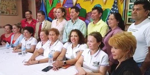 Salvadoreños del área ayudan a damnificados por terremotos en Intipucá y Chirilagua