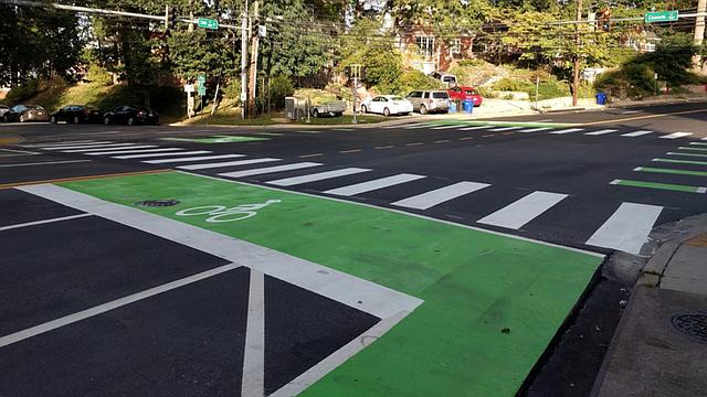 EE.UU. MCDOT aplicará programa de educación sobre infraestructura para peatones y bicicletas