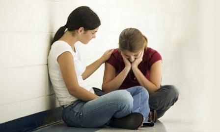 Herencia cultural y poco entendimiento social inciden en depresión juvenil