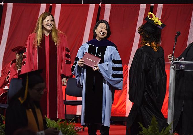 Bunker Hill Community College celebró la clase de 2018 en la 44ª ceremonia de graduación