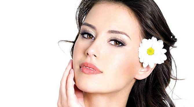 TU CUTIS. Evita las cremas y geles. Sácalos de tu rutina diaria y evita el envejecimiento prematuro de tu piel.