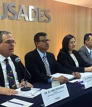 Al comparar con los países de Centroamérica, se observa que El Salvador sigue siendo el país con menor crecimiento de la región.
