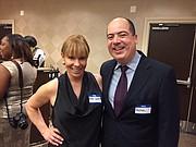 CONEXIONES. Nicole Quiroga presidenta de la Greater Washington Hispanic Chamber of Commerce, con Rafael Ulloa de El Tiempo Latino. || FOTO: Luis Niño para ETL