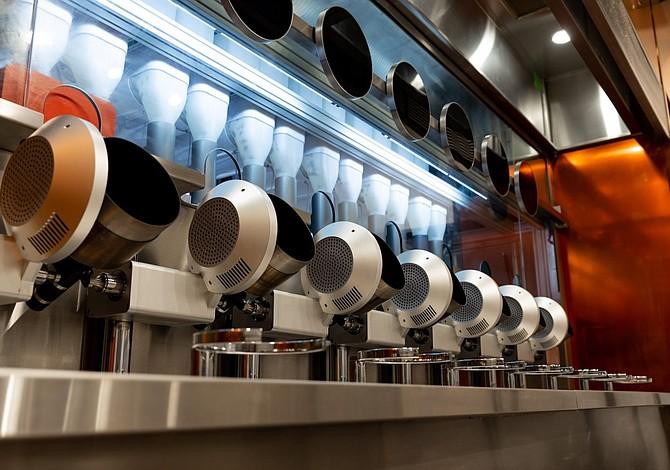 El nuevo restaurante de Boston donde todos los chefs son robots