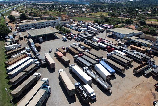 Resultado de imagen para camiones de carga están atrapados en Nicaragua