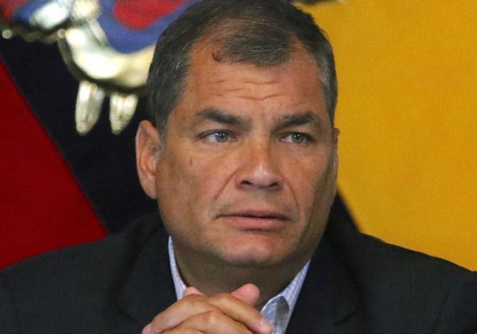 """Correa asegura que la orden de arresto en Ecuador es parte de un """"complot"""""""