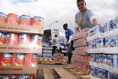 Goya hace donación inicial de tres toneladas de alimentos para víctimas del volcán en Guatemala