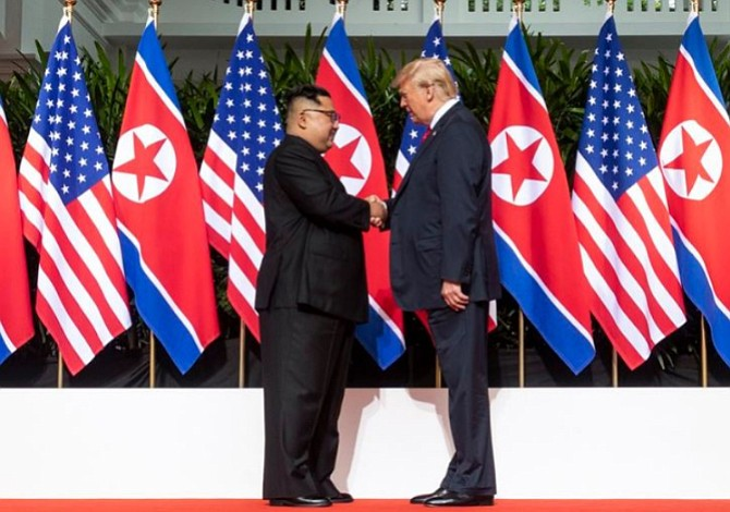 """Trump: """"El mundo ha evitado una potencial catástrofe nuclear"""""""