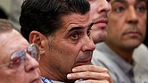 Rusia - La Federación Española de Fútbol ha anunciado este miércoles que Fernando Hierro, director deportivo, asumirá el cargo de seleccionador español en el Mundial de Rusia 2018, en sustitución de Julen Lopetegui, que ha sido destituido esta mañana, ha informado el organismo en un comunicado.