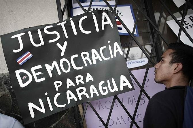 NICARAGUA. Centenares de nicaragüenses protestaron hoy contra el régimen de Daniel Ortega