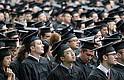 VALIOSO APORTE. La gran mayoría de individuos brillantes tienden a permanecer en Estados Unidos después de graduarse, trabajando para aumentar la prosperidad estadounidense y contribuyendo al talento de la fuerza laboral nacional.