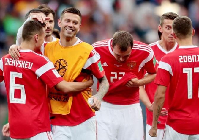Rusia da el primer paso en la Copa del Mundo