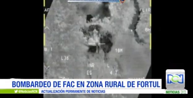Colombia: Bombardeo contra disidencias de FARC dejó 16 muertos