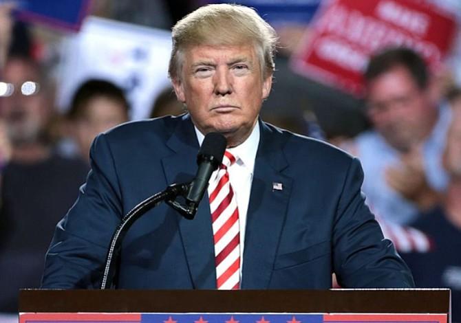 """Trump pide al Congreso reformar rápidamente las """"absurdas"""" leyes migratorias"""