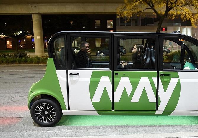 Magna se asocia con May Mobility para producir vehículos eléctricos autónomos