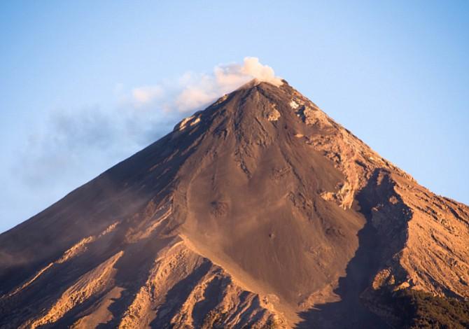 Guatemala retomará sus actividades educativas tras la tragedia del volcán de Fuego